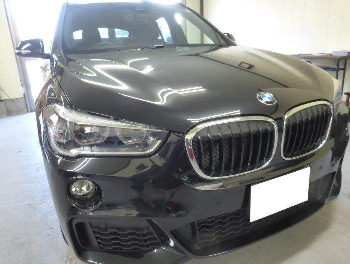 BMW X1 フロントガラスリペア